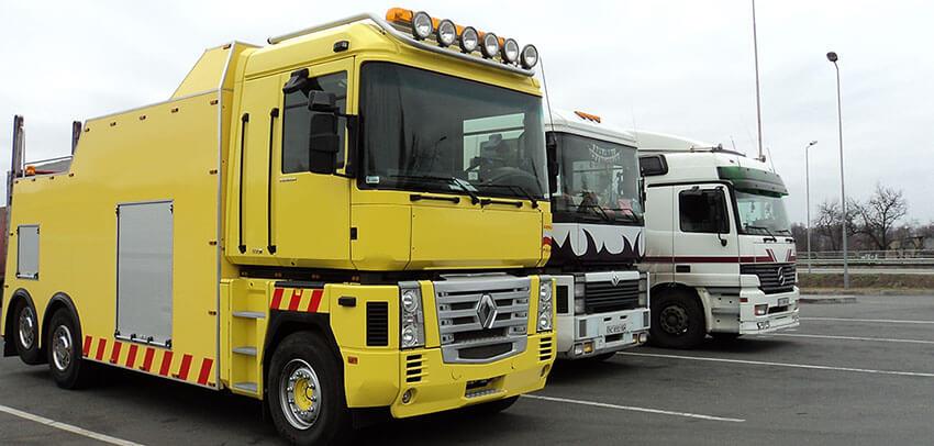 грузовой эвакуатор в Киеве